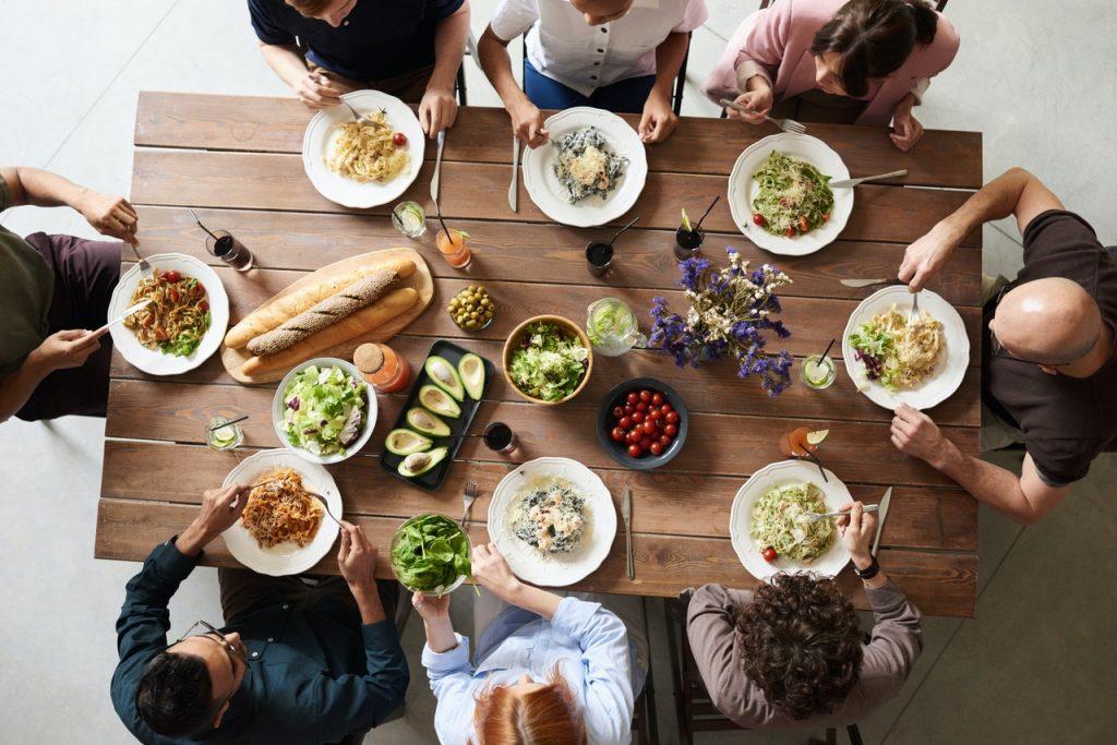 dejeuner rencontre pour celibataire)